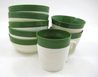 Vintage Raffiaware Insulated Thermal Bowls, Green / White, Lot of 7 Retro Bowls, Mug; 5 Cereal, 2 Pedestal Dessert, Thermo-Temp, Picnic Ware