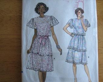 Vogue Pattern 9567 Misses' Top & Dress   1986   Uncut