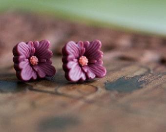 Flower Stud Earrings Dark Raspberry or Bright Orange Square Flower Earrings Deep Ruby Amber Yellow Ear Studs Simple Flower Jewelry - E322