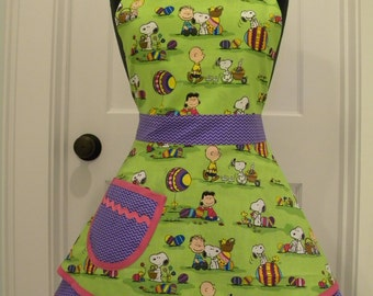 Womens Apron-Snoopy and the Gang Easter Double Skirt Sweetheart Apron