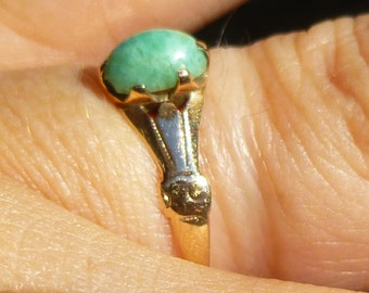 Victorian Rose gold ring in 14KT.....Jade?