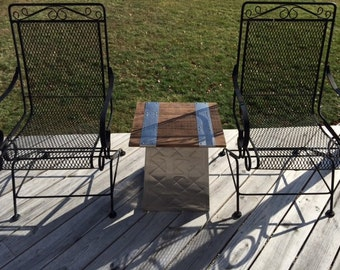 Industrial end table-collapsible