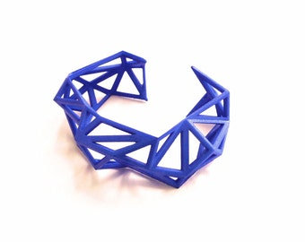 Triangulated Cuff bracelet in Blue. 3d printed. modern statement jewelry. geometric jewelry