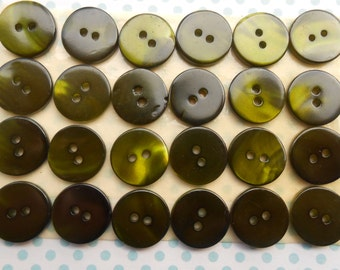 Mother of Pearl Buttons 6 pcs Green
