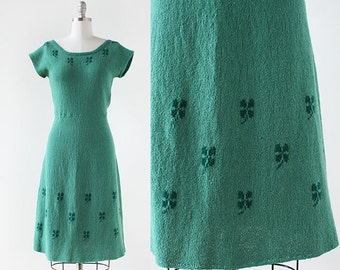 1930s Shamrock Knit dress / Green Knit Dress / 1930s Knit Dress / Knit Sweater Dress / Extra Small to Medium