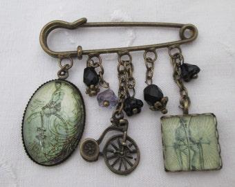 Kilt pin brooch - bicycle pennyfarthing retro, bronze