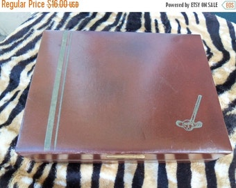 Now On Sale 1960's Vintage Jewelry Box Travel Display Case by Acushnet Mid Century Modern Golf Collectible Trinket Holder