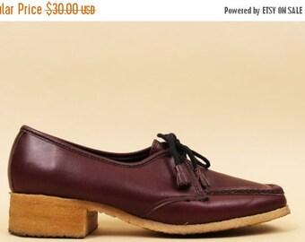 24HR FLASH SALE 70s Vtg Burgundy Leather Oxford Lace Up Gum Sole Platform Shoes / Tassle Tie Granny Nurse Loafer / Hippie Boho / 10 10.5 Eu