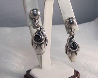 Rare Napier Sterling Mid Century Flower Clip Style Earrings