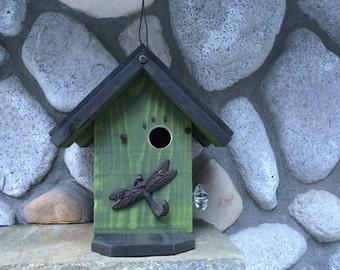 Rustic Birdhouses, Functional Outdoor Garden Bird House Bird's Nest Box, Decorated Birdhouse With Metal Dragonfly Hook, Item#64550