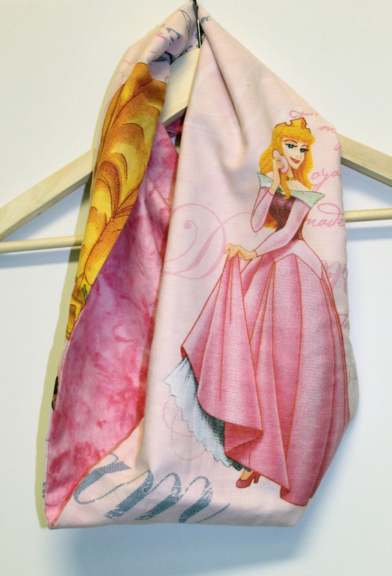 Disney Sleeping Beauty Child's Infinity Scarf