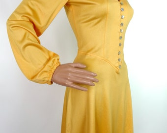Gorgeous 70s Yellow Mini Dress With Balloon Sleeves And Star Button Detail