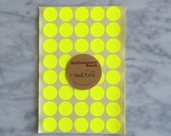 Neon Yellow Circle Stickers - 2cm Round Seal Sticker - 120 Neon Yellow Circle Stickers