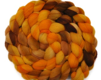 Hand dyed spinning fiber - Fine Domestic wool roving  - 4.3 ounces - Glowing Sun