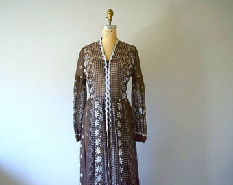 1970s dress . vintage 70s brown floral maxi dress