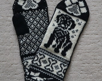 Wool Mittens , Knitted hand crafted, 100% Wool, Fair Isle black labrador dog puppy