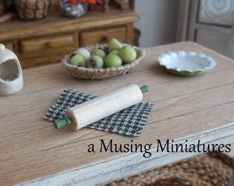 Hauser Green Rolling Pin in 1:12 Scale for Dollhouse Kitchen Pantry or Prep Table