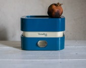 Vintage Kitchen Scale // 1970 French Retro Mechanical Scale
