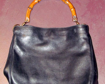 On Sale-Fabulous VINTAGE GUCCI BAMBOO Handle Handbag