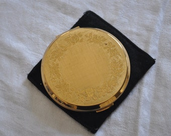 Vintage Stratton Compact in Case
