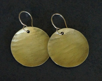 Brass hammered circle earrings - textured dangle earrings - mixed metal jewelry- lightweight earrings