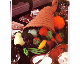 Cornucopia, Centerpieces Pattern, McCall's 649, Fabric Christmas Tree. Soft Scuplture, Tablecloth, Runners, Placemats, Table Accessories