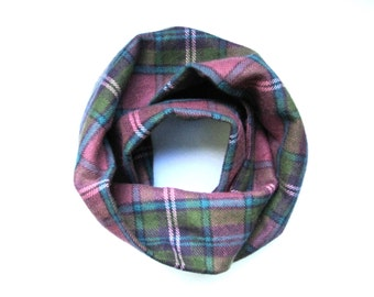 Girls Flannel Scarf, Plaid Scarf, Bow and Scarf Set, Infinity Scarf, Toddler Scarf, Childrens Clothing, Baby Bib Scarf, Ready To Ship