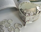 Arras wedding coins, coins wedding arras,  arras coins, Arras para Boda, silver wedding coins Arras and heart  box, silver tone wedding cage