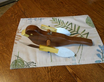 wooden birds  (2) pack