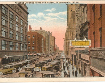 Vintage Postcard, Minneapolis, Minnesota, Nicollet Avenue from 8th Street, ca 1920