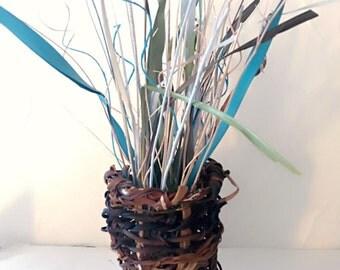 Sea kelp weaved beach basket decor