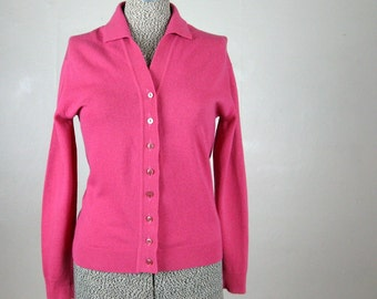 Vintage 1960s 1970s Raspberry Pink Wool Cardigan Sweater Size M-L