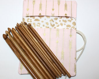 Set of Bamboo Crochet Hooks and Pink & Gold Arrows Fabric Crochet Hook Organizer, Crochet Hook Holder