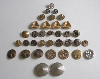 Vintage Metal Buttons Brass, Copper, Silver-tone, Gold-Tone Lot of 35