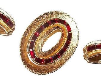 Red Rhinestone Brooch Earring Demi Set Channel Set Brushed Gold Metal Festive Vintage