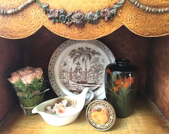 Handsome Victorian Brown and White Transferware Plate with Chinoserie Design