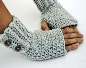 pale grey fingerless gloves, arm warmers, wrist warmers, crochet arm warmers, crochet gloves, texting gloves, mittens, festival gloves