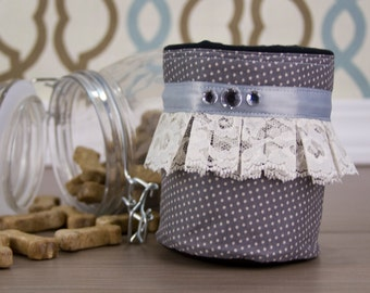 Lovely Lace Treat Pouch