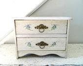 Vintage Wood Chest Drawers White/Cream Shabby Chic