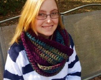 Super chunky super soft cowl scarf infinity mulberry greens purple outlander inspired