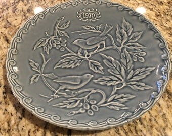 Dishes, vintage dishes, plates,