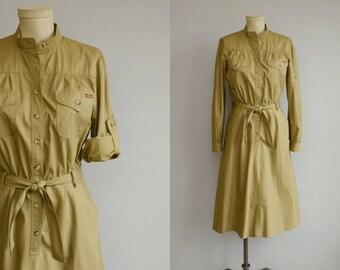 Vintage 1970s Dress / 70s Sasson Safari Midi Dress / Khaki with Roll Sleeves