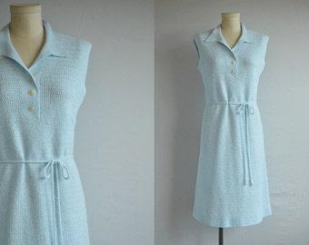 Vintage 1960s Dress / 60s Hand Crochet Knit Sheath Dress / Wool Sweater Knit Dress