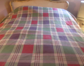 king queen flannel vellum blanket throw plaid w 2 pillow cases 88 x 102 - Flannel Blanket