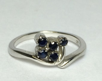 Blue sapphire gemstone setted sterling silver ring with white rhodium plating engagement ring for her christmas festival wedding jewelry