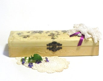 Victorian Celluloid Glove Box Violet Flowers Embossed Scroll Design Gold Detail Vanity Casket Art Nouveau Dresser Boudoir Decor
