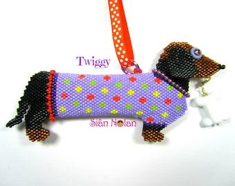 Twiggy the Dachshund - 3D Brick Stitch/Peyote Beaded Ornament PDF/Tutorial/Instructions