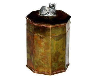 Vintage 70s 80s Brass Metal Octagonal Hinged Stash Box w/ Pewter Cat On Top