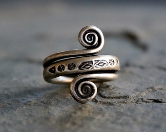 Phloi Sterling Silver Ring Band Gypsy Ring Bohemian Jewelry