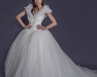 Cinderella princess wedding dress with butterfly detail 10 layer of tulle